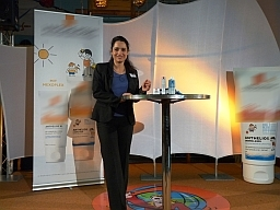 Dr. Yael Adler Berlin - Referentin 2011 La Roche Posay